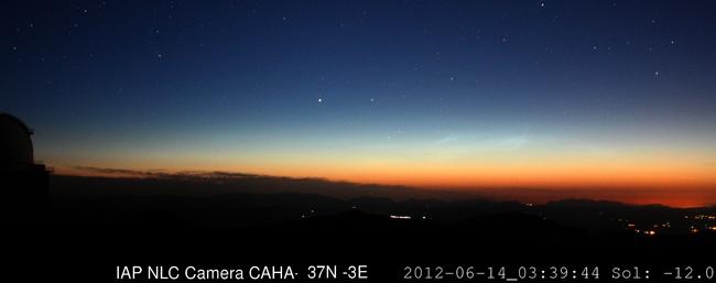 Calar Alto (Almería) bate el récord de observación de nubes noctilucentes a latitud Norte inferior