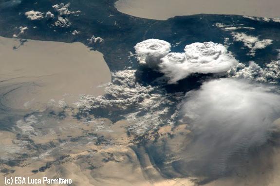 Asombrosas nubes avistadas desde la Estación Espacial Internacional