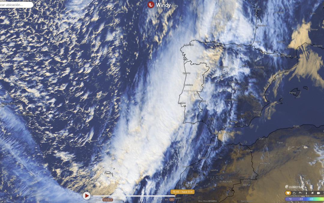 Intensa situación de viento del sur precede al frente frío