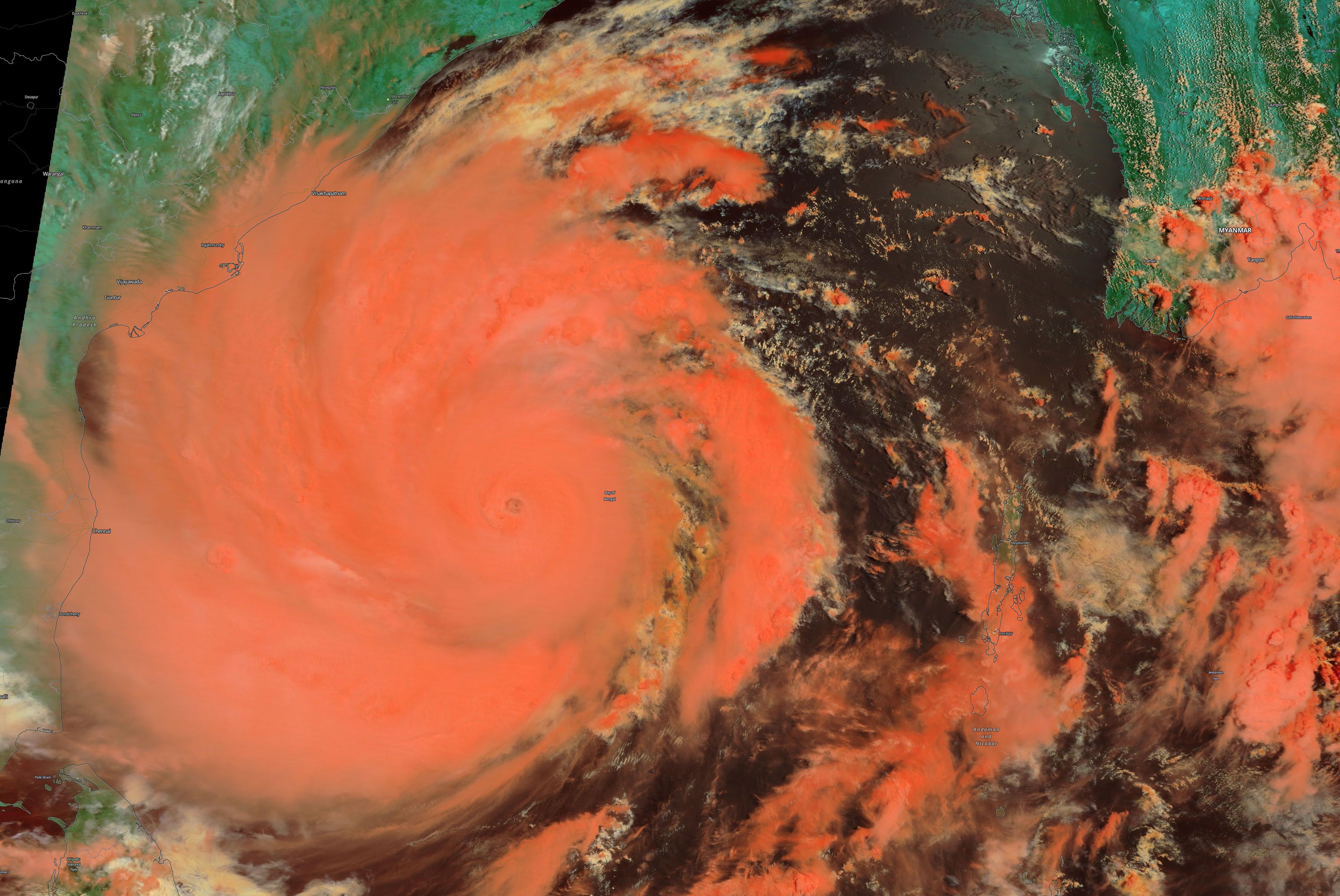 Amphan, un monstruo de récord en el Golfo de Bengala.