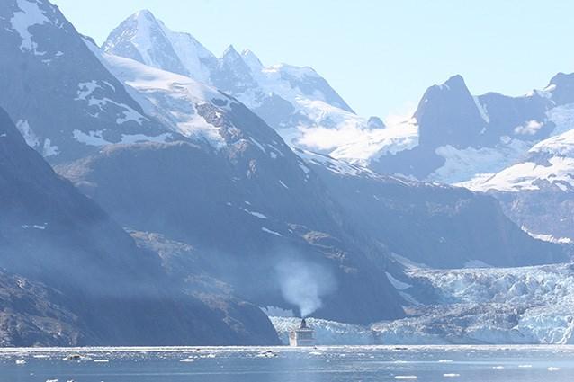 El calentamiento del Ártico podría atenuarse por el tráfico marítimo