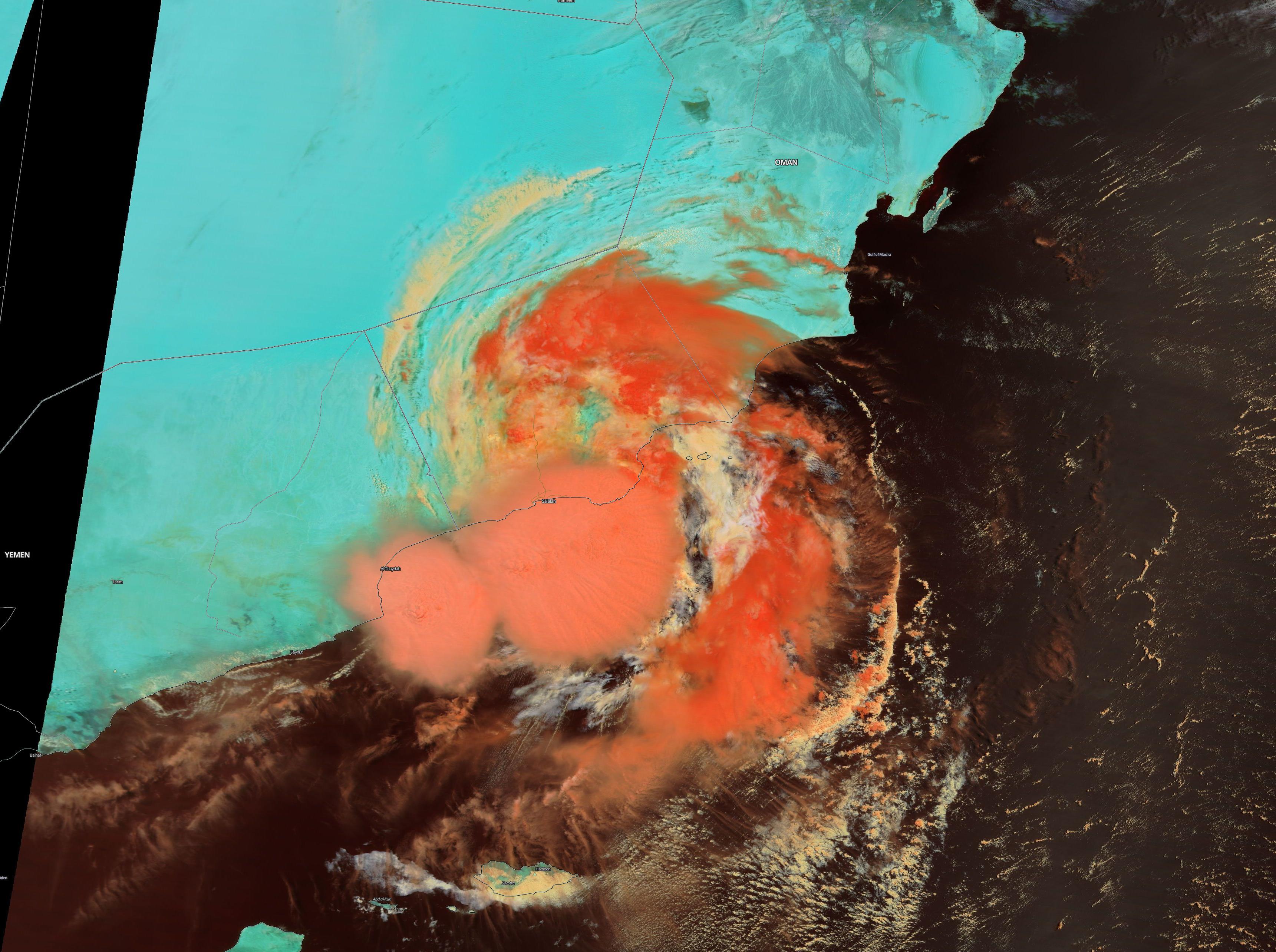 Posible caso de landcane en Omán y actividad ciclónica anómala en el Atlántico.