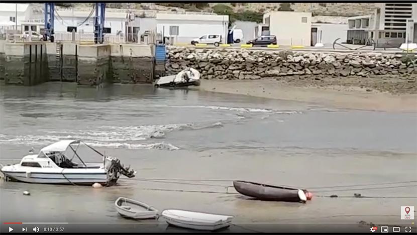 Posible rissaga en el puerto pesquero de Conil (Cádiz) y más tormentas.