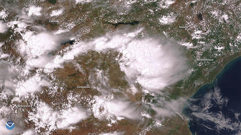 Grandes tormentas traen la ansiada lluvia a Sudáfrica